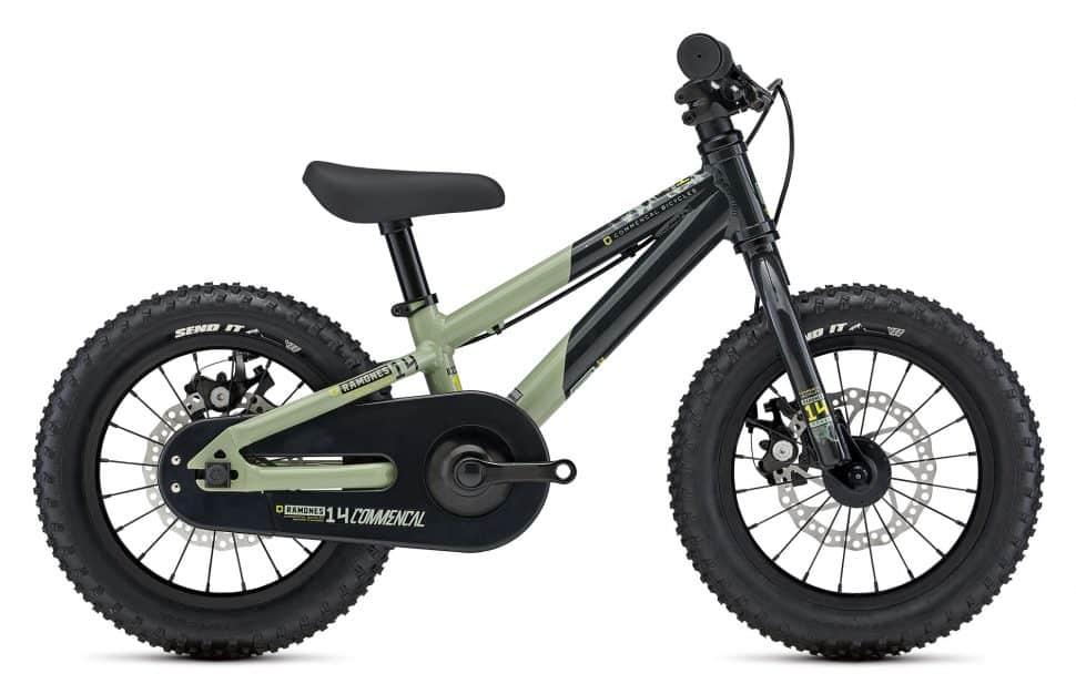 2021 Ramones 14 Green