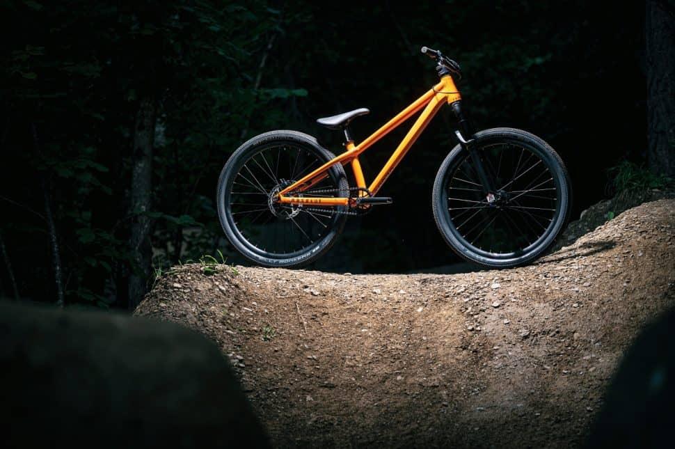 2021 Absolut Orange
