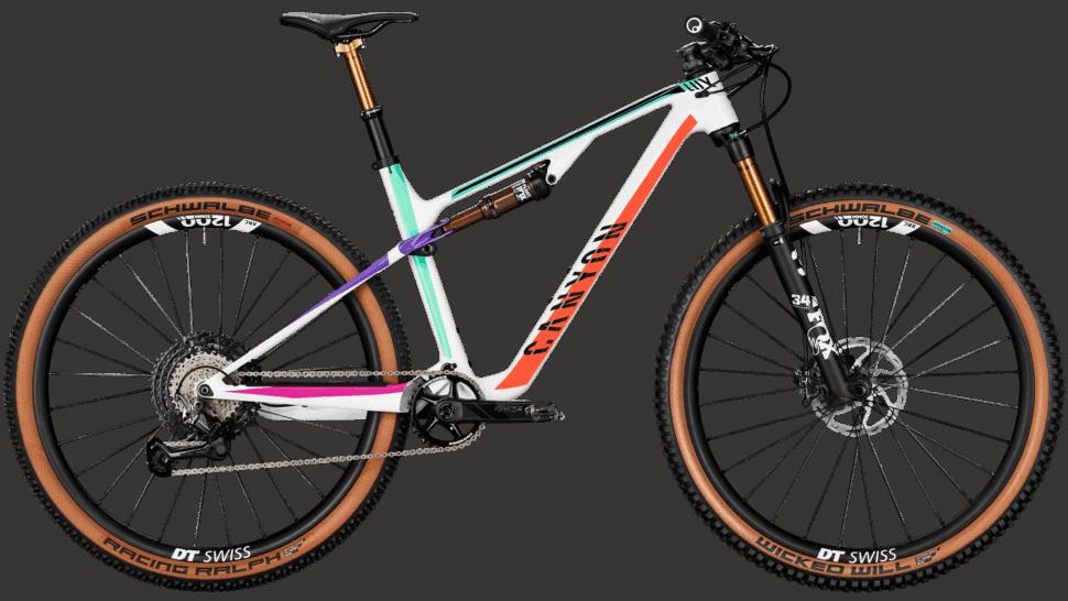 2022 Lux Trail CF 9 EB-Edition
